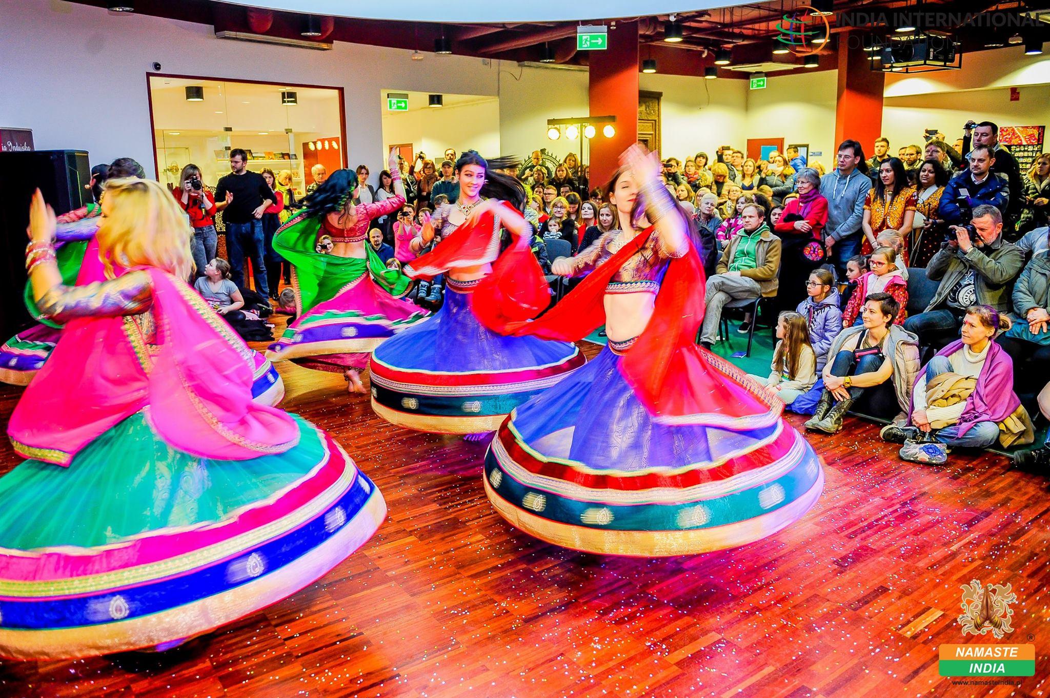 Holi - Festiwal świateł i kolorów